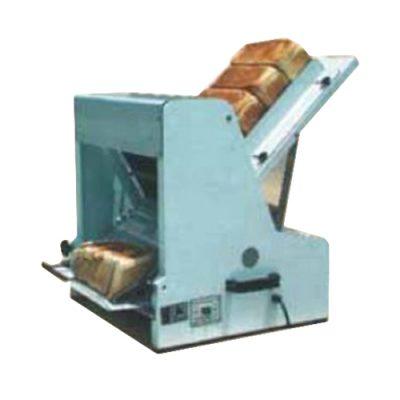 Bread slicer gravity feed